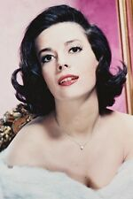 Natalie Wood bare shouldered photo in color 11x17 Mini Poster