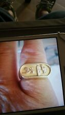 Stunning gents Egyptian 22ct gold signet ring