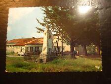 Carte postale ancienne CPA - PUYCASQUIER - le groupe scolaire et le Monument