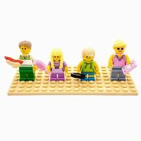 Lego Minifigs City People Blonde Hair Family Set Lot of 4 with Accessories CF198