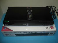 LG Blu-ray Disc / DVD Player BD610 with Remote