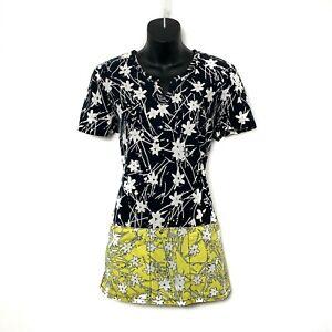 Koi Womens Short Sleeve Black & Yellow Scrub Top w White Floral 2 Pkt Size M