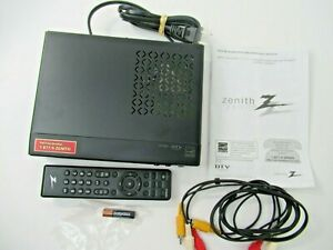 Zenith Digital TV Tuner Converter Box DTT901 With Remote & Cables