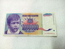 Boy 1 000 000 dinars Yugoslavia banknote 1 milion 1993 Perunika RRR