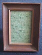 Petit cadre ancien en bois à bords épais, portrait à poser ou suspendre