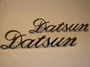 Datsun Nissan New METAL FENDER EMBLEM (Pair), must see