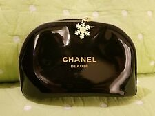Small CHANEL Beaute Snowflake charm Cosmetic Makeup Bag patent leather black