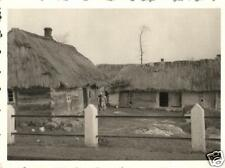 4450/ Originalfoto 8,5x6.5cm, russische Kate, Landbevölkerung, ca. 1941