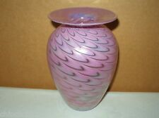 RAVISHING Rhythm IRIDESCENT Pink SIGNED Art GLASS VASE 1990 BREATHTAKING BEAUTY