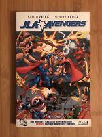 JLA / Avengers by Kurt Busiek & George Perez DC Marvel TPB RARE OOP 2008