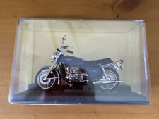 Honda GL 1000 Gold Wing 1975 - 1:24 Scale Motorbike - New In Box