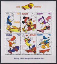 R806. Guyana - MNH - Cartoons - Disney's - Skate Boarding