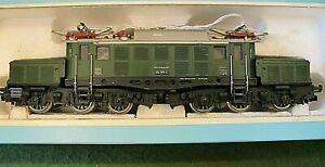 Marklin 3022 E94 HO Scale DB Electric Locomotive w/ Pantographs ~Very Nice! w/OB