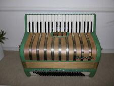 Sehr schönes Akkordeon HOHNER MARCHESA im Top Zustand