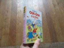 BIBLIOTHEQUE ROSE OUI OUI a la fete  enid blyton 1986 06