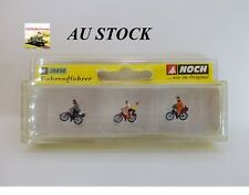 NOCH 36898 N-Scale Model Figure Cyclists, model railway setting / diorama
