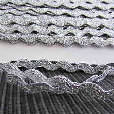7mm  Metallic lurex ric rac braid / trimmings for crafts - PER 3 METRES