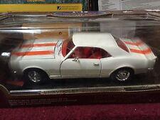 Road Legends Die Cast Metal Collection Chevrolet Camaro Z-28 1967