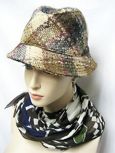 $250 Burberry London sz S 100% Wool Plaid Bucket Hat Cap Women Gift Fashion NEW