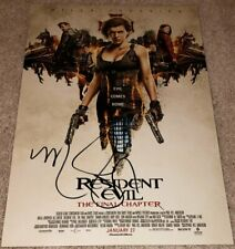 MILLA JOVOVICH SIGNED RESIDENT EVIL THE FINAL CHAPTER 12x18 PHOTO w/EXACT PROOF