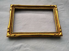 ancien cadre photo, bois doré, patiné, sculpté,10 x 15 cm.