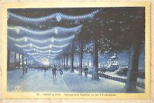 """CPA """" NANCY la Nuit - Terrasse de la Pépinière un soir d'Illuminations"""