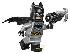 LEGO SUPER HEROES DC COMICS - MINIFIGURA BATMAN SET 76046 - ORIGINAL MINIFIGURE