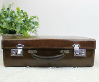Gents Leather Suitcase / Travel Bag by H. Greaves, New St, Birmingham. 41 x 27cm