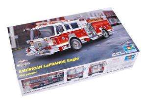 Trumpeter 9362506 American LaFrance Eagle 2002 1:24 Feuerwehrauto Modellbausatz