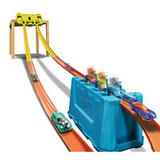 Hot Wheels Track Builder Unlimited Multi-Lane Speed Boost Stunt Gravity Box