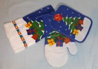 3 pc Christmas Tree Oven Mitt Pot Holder Towel Set Quilted Stars Presents NEW