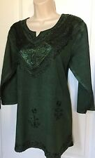Women's Size Medium Green Top Blouse Tunic 3/4 Sleeves V Neck Rayon New