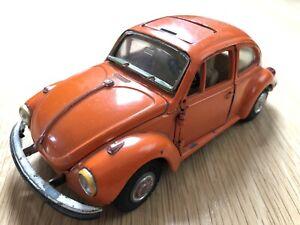 GAMA VW 1302 KÄFER 1:24 ORANGE