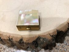 Vintage Pearl Top Pill Box