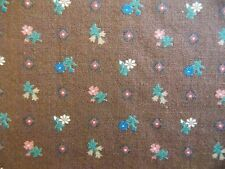 WtW Fabric Floral Flower Calico Vintage Retro Country Folk Concord  Quilt