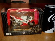 YAMAHA YZF-R1 MOTORCYCLE, SPECIAL EDITION MAISTO TOY DIE CAST METAL, SCALE: 1:18