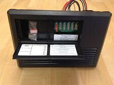 PROGRESSIVE DYNAMICS 35 AMP AC/DC DISTRIBUTION PANEL & POWER CONVERTER PD4135