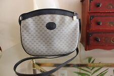 Authentic Vintage GUCCI  Crossbody Shoulder Bag Handbag Purse GG Logo
