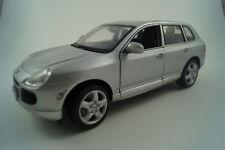 Maisto Modellauto 1:18 Porsche Cayenne Turbo