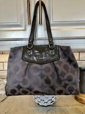 Coach Ashley Op Art Dotted Tote Handbag Grey / Wristlet F20049