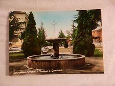 Vecchia foto cartolina d epoca di Carcagnana fontana e giardini viale da di per