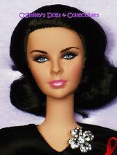 """ELIZABETH TAYLOR """"VIOLET EYES"""" DOLL 2012 Gold Label 6500 Barbie_W3495_NRFB C9"""