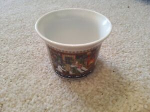 Christmas Porcelain Candle/Tea Light Holder, Snowman Scene