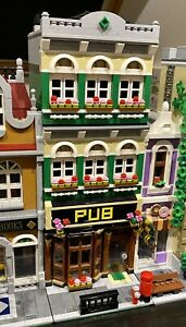LEGO CUSTOM MODULAR PUB fits with 10264 for city or train display MOC 624