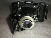 Vintage Eastman Kodak Vigilant Six-20 Folding Camera w/ Anaston 100mm f:8.8 ASIS