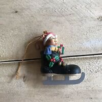 Lustre Fame 1992 Christmas Tree Ornament Squirrel in Ice Skate Vintage VTG