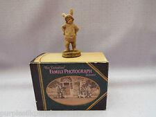 Heredities Victorian Family Figurine Victoria As White Rabbit Girl Bunny Ornamen