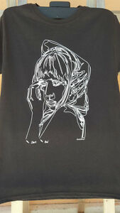 Oneliners Diva T-Shirt - One continuous line drawing. Screen printed on shirt.