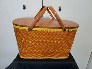 LGE Vintage Wicker Picnic Basket Woven Redmon USA Metal Handle Burnt Orange