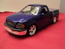 Welly 1998 Ford F-150  stepside 1/24 scale new no box  purple exterior